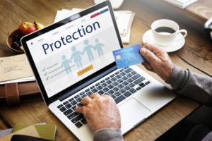 クレジットカードのメリット⑤付帯保険がついている