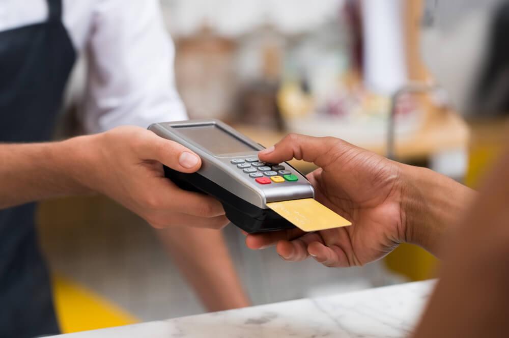 クレジットカードの暗証番号・パスワード・3Dセキュアを間違えたor忘れた時の対処法。確認・変更は電話で問い合わせが必要なケースも。