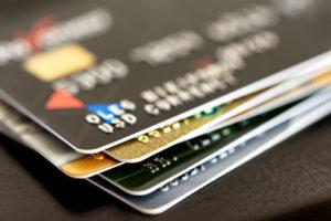 三菱UFJニコスのクレジットカードの社会人向けラインナップ
