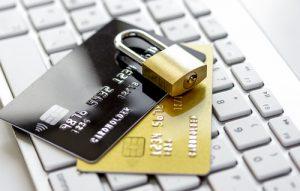 個人情報を守るためのクレジットカード管理