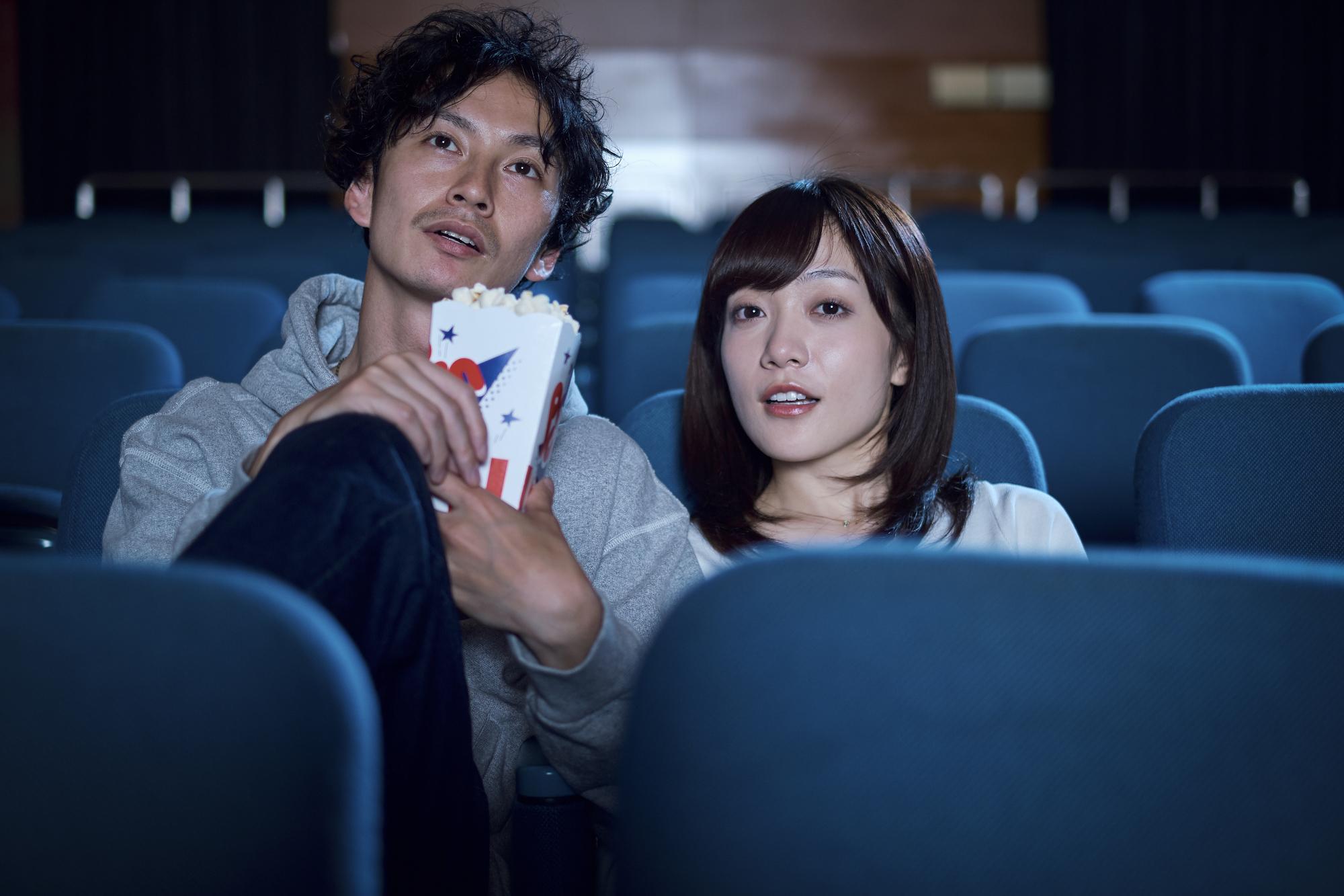 映画の学割・TOHOシネマ・イオンシネマが割引になるクレジットカード紹介!特に学生さんには嬉しいかも…【映画が無料になるカードも】