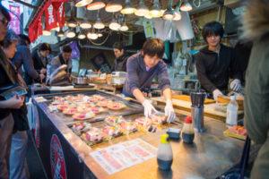 キャッシュレス決済への対応ハードルが高い日本の小規模店舗